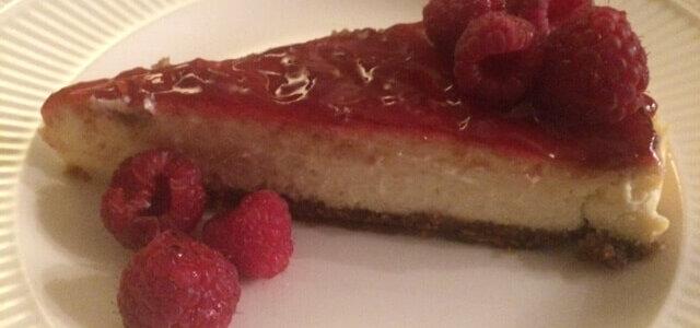Cheesecake met frambozesaus | Viving